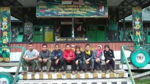 Bersama Danton pos PAMTAS Long Nawang