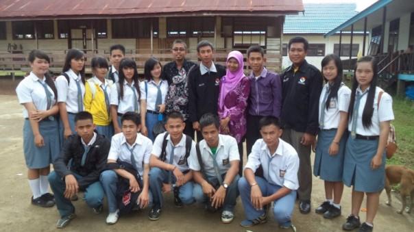 Foto bersama siswa